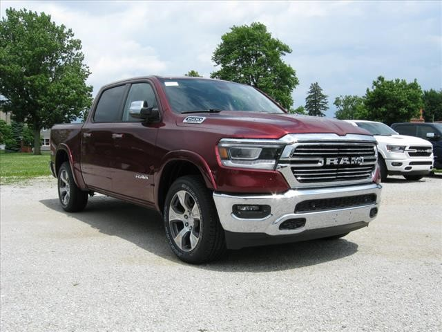 New 2019 RAM All-New 1500 4X4 Laramie w/ Navigation