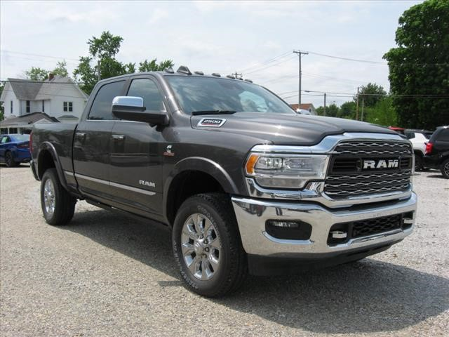 New 2019 RAM 2500 4X4 Limited w/ Navigation
