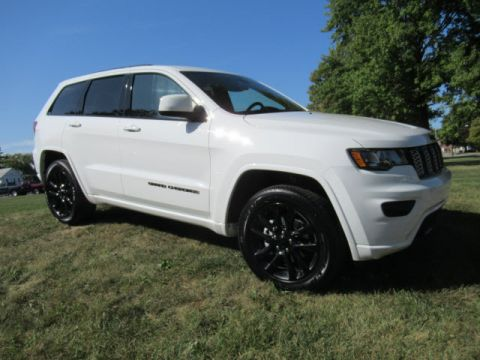 New 2020 JEEP Grand Cherokee Altitude 4X4 w/Nav