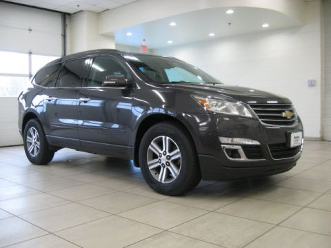 Pre-Owned 2015 Chevrolet Traverse LT w/ DVD